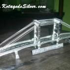 Miniatur Jembatan Ampera